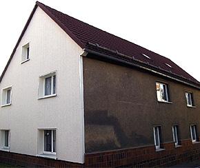 Giebelseite in vorgehängter Fassadenausführung